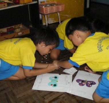 การเรียนการสอนของ นักเรียนชั้นอนุบาล 3